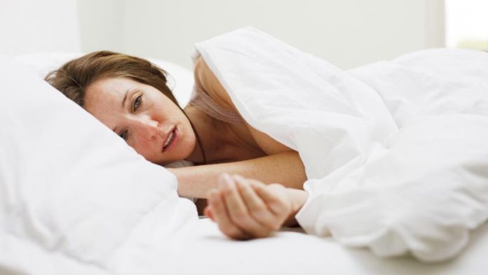 Потливость при климаксе: лечение, препараты