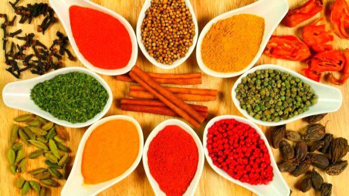 Питание и диета при климаксе: полезные продукты, меню