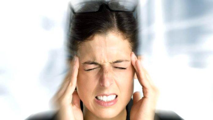 Головокружение при климаксе: признаки, симптомы, лечение