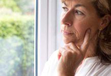Поздняя менопауза: причины, симптомы, лечение