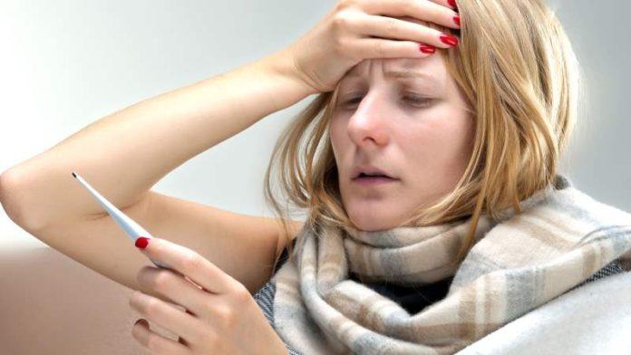 Бывает ли температура при климаксе у женщин? Причины, лечение