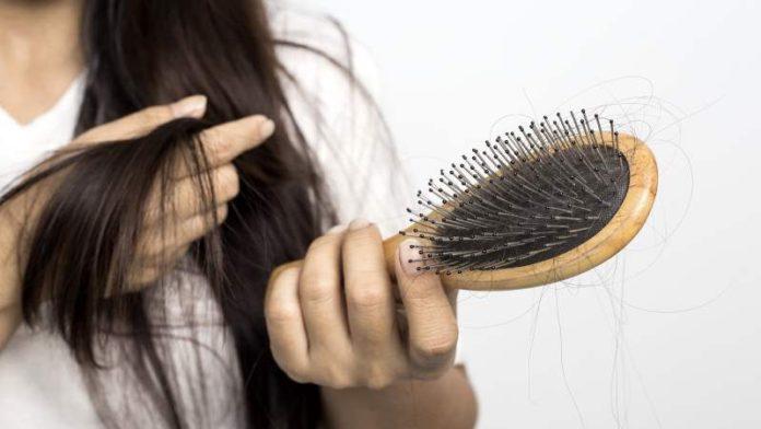 Выпадение волос при климаксе - как остановить?