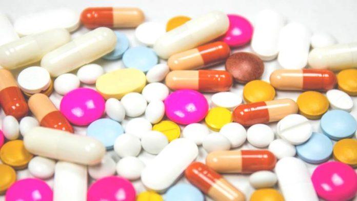 Какие витамины пить при климаксе - отзывы и советы врачей